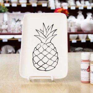 Assiette motif ananas